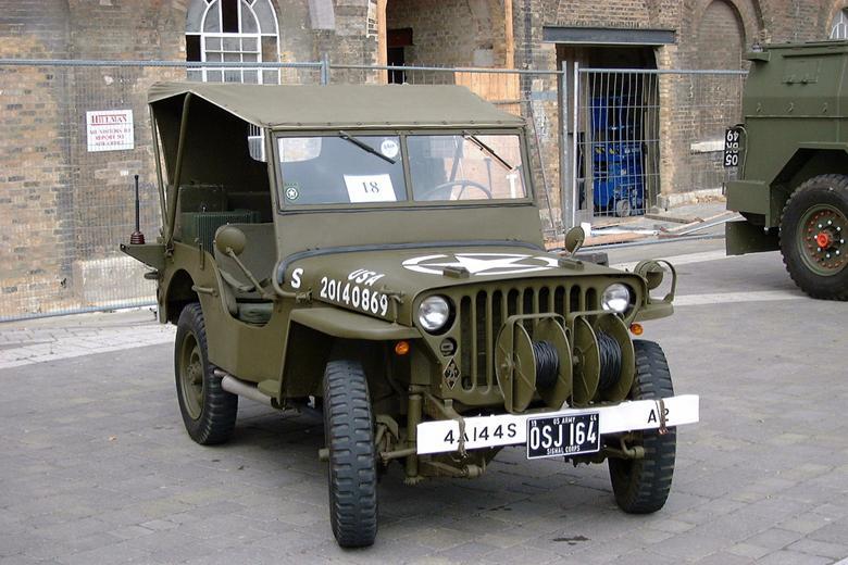 二战美军威利斯.奥佛兰军用吉普车 5 .jpg