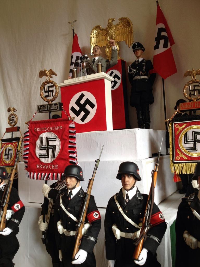 uger作品 1940法国沦陷,柏林庆祝胜利大检阅