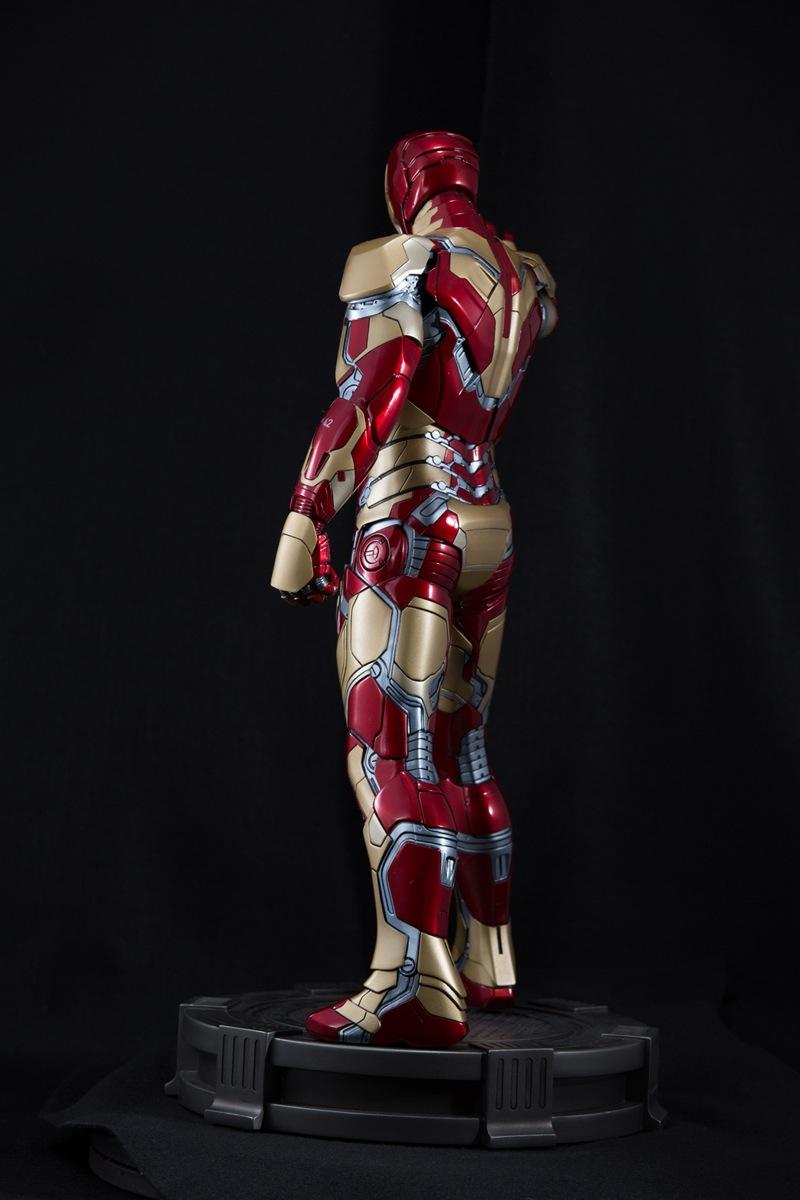 XM Studio 钢铁侠 MK42 双头雕兵人在线