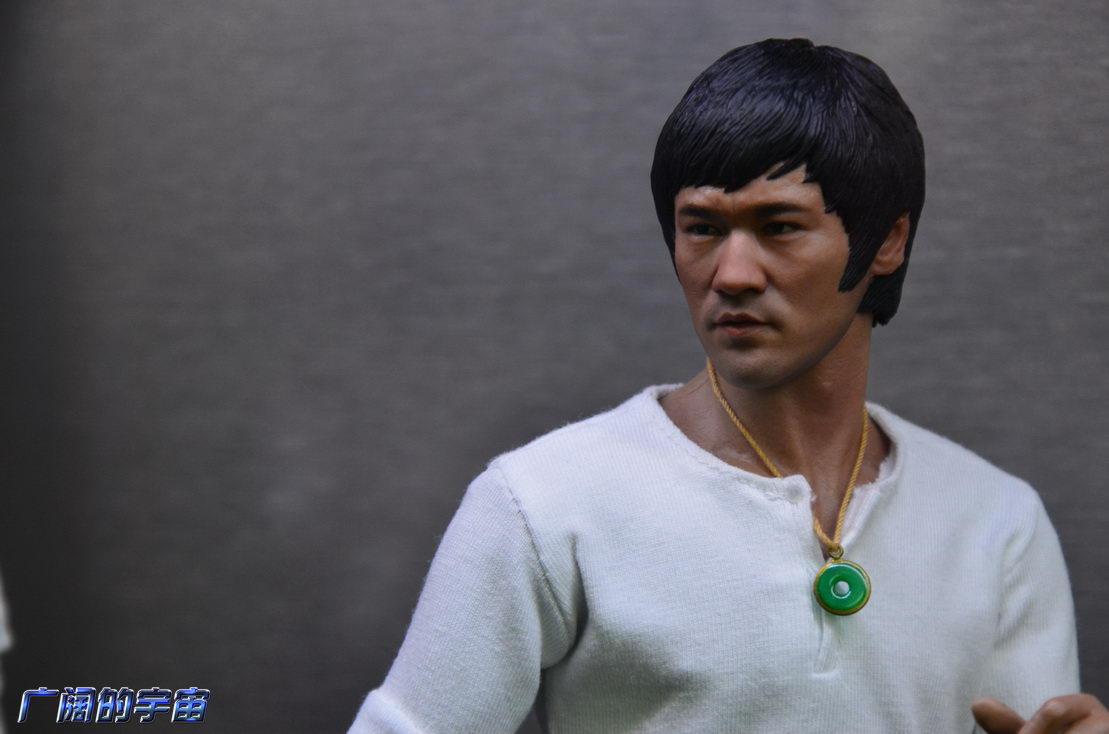 """[Enterbay] Bruce Lee  """"The Big Boss"""" - 1/6 Real Masterpiece - Página 4 224507jkj4pzxnnj4jf7fo"""