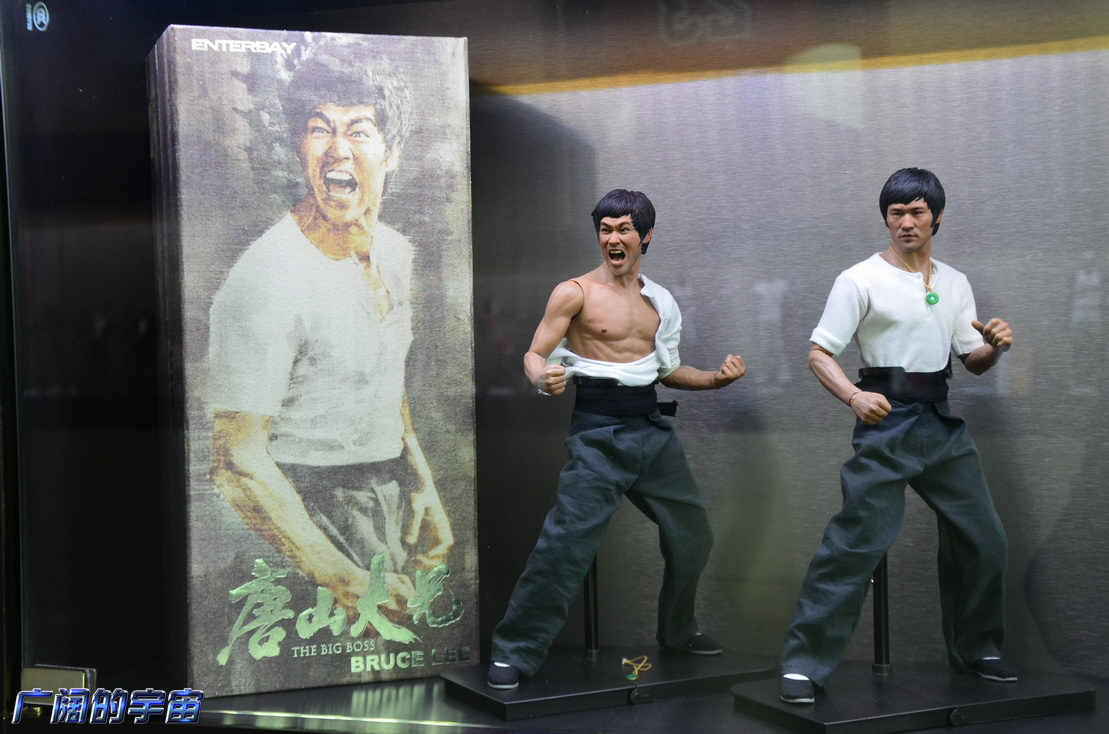 "[Enterbay] Bruce Lee  ""The Big Boss"" - 1/6 Real Masterpiece - Página 4 224523ahzejpc94n0gd4ch"