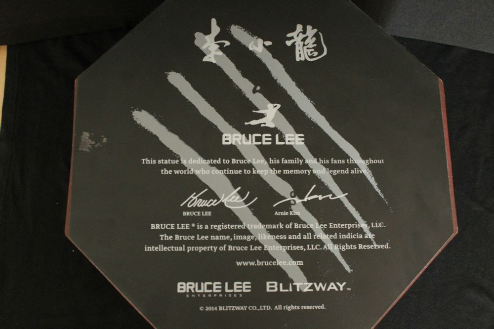 [Blitzway] Bruce Lee Tribute - 1/3 Scale - LANÇADO!!! - Página 6 210540nhe81h2h08z2e21v