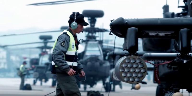 台湾省国军国防宣传片《荣耀军装》片段 - hubao.an - hubao.an的博客
