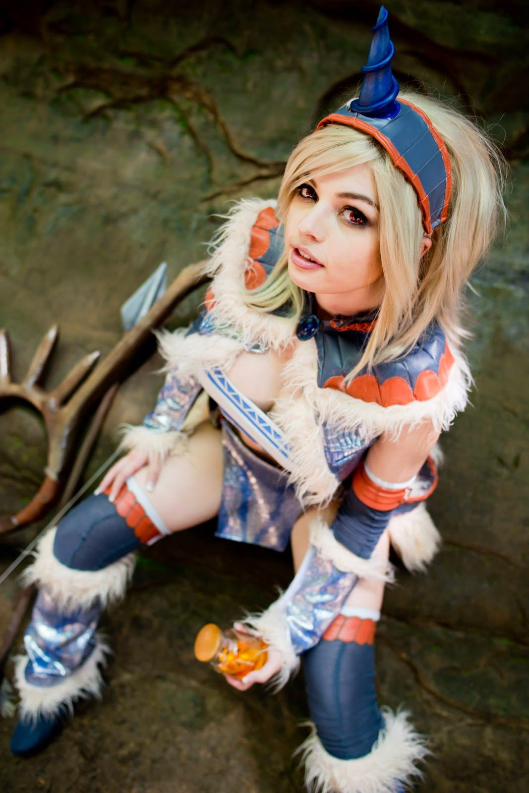 monster hunter kirin armor cosplay.jpg