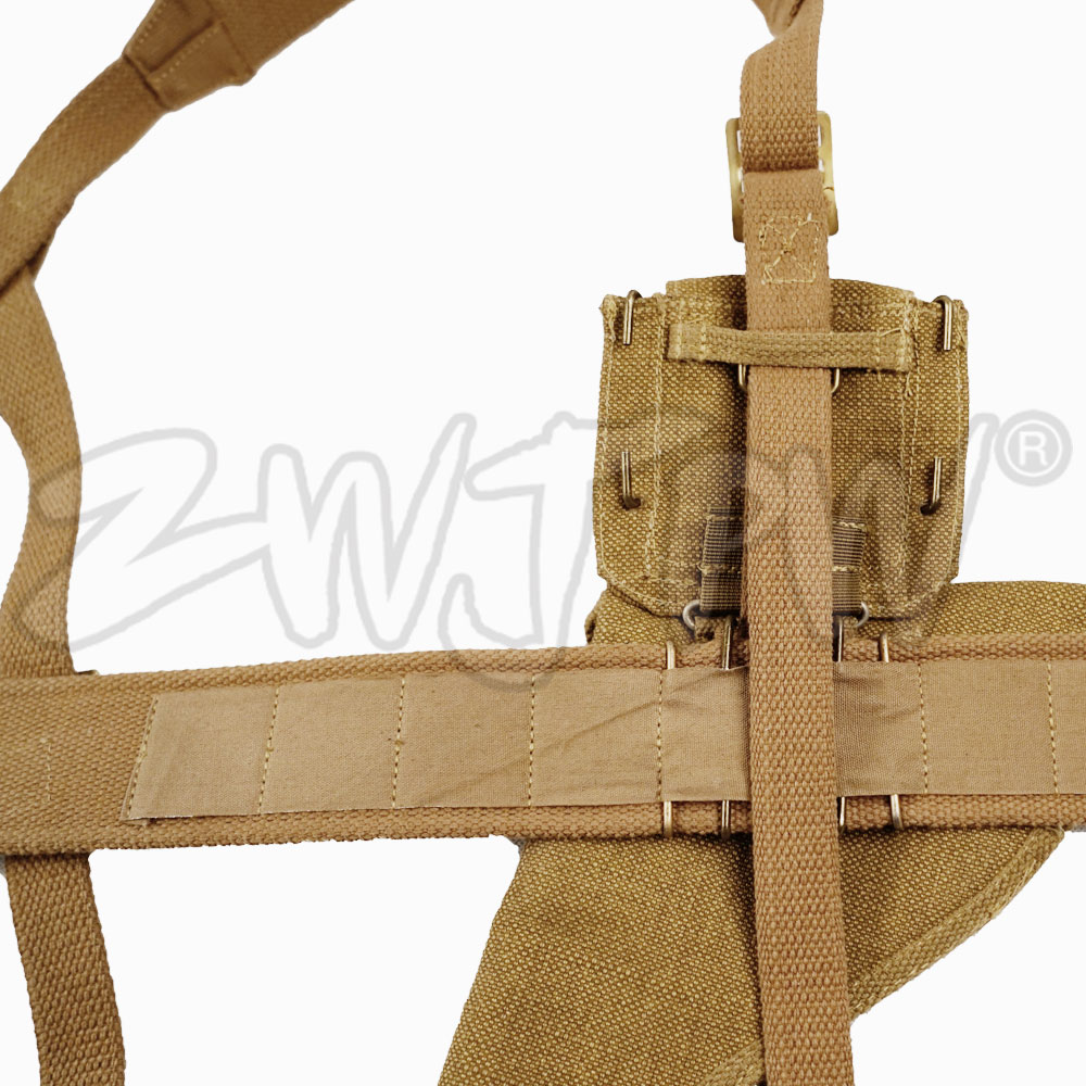 WW2-BRITISH-ARMY-P37-OFFICER-EQUIPMENT-COMBINATION-WITH-HOSTER-BELT-STRAP-CANTEE.jpg