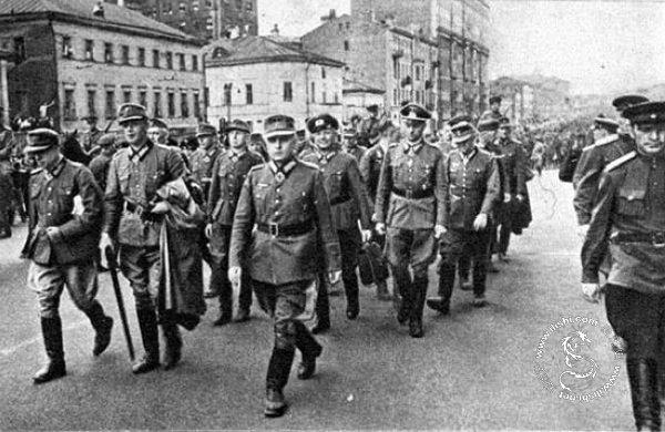 五彩俄罗斯——1944年莫斯科规模空前的德军战俘游街 - hubao.an - hubao.an的博客